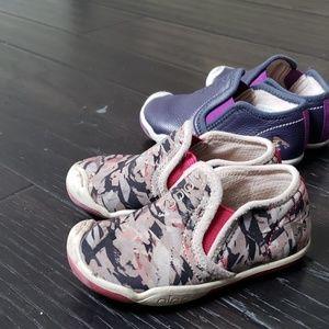Plae Girl Shoes Bundle Size 8